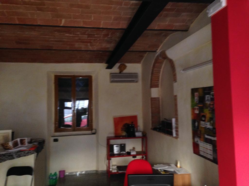 Negozio / Locale in affitto a Lamporecchio, 9999 locali, prezzo € 600 | Cambio Casa.it