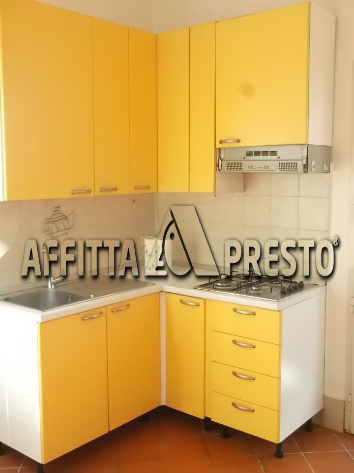 Affitto bilocale Cascina Via Tosco Romagnola, 30 metri quadri