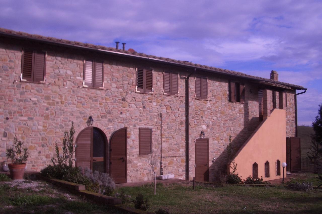 Appartamento in affitto a Montaione, 3 locali, zona Zona: Mura, prezzo € 650 | Cambio Casa.it