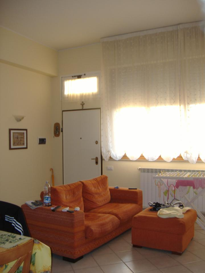 Bilocale Gambassi Terme Via Garibaldi 6
