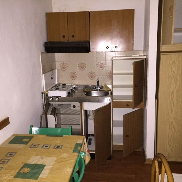 Appartamento in affitto a Capraia e Limite, 1 locali, zona Località: LimitesullArno, prezzo € 320 | Cambio Casa.it