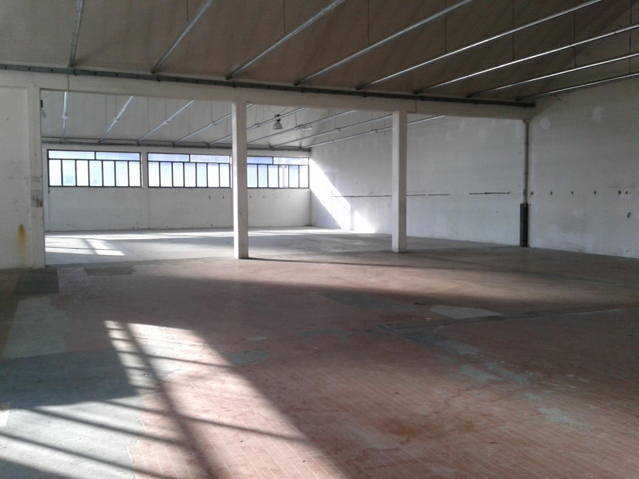 Capannone in affitto a Cerreto Guidi, 9999 locali, zona Località: SanZio, prezzo € 2.800 | Cambio Casa.it