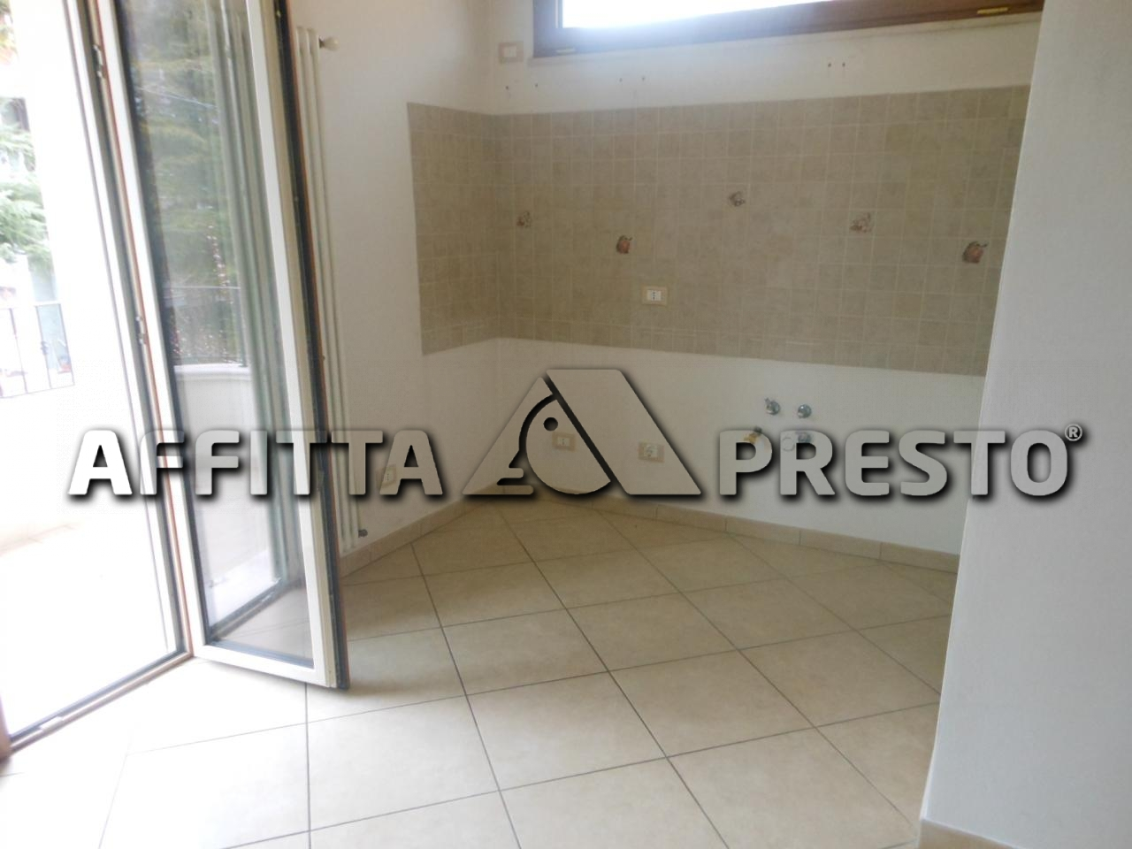 Affitto bilocale Rimini Via Marche, 42 metri quadri