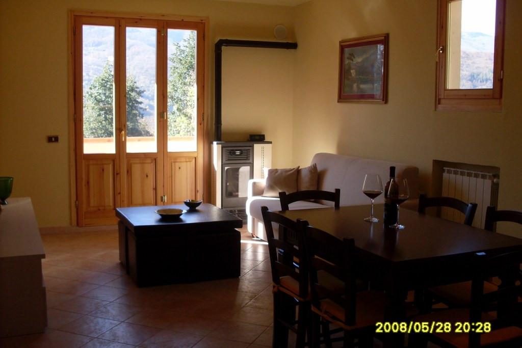 Appartamento in affitto a Cutigliano, 2 locali, prezzo € 350 | CambioCasa.it
