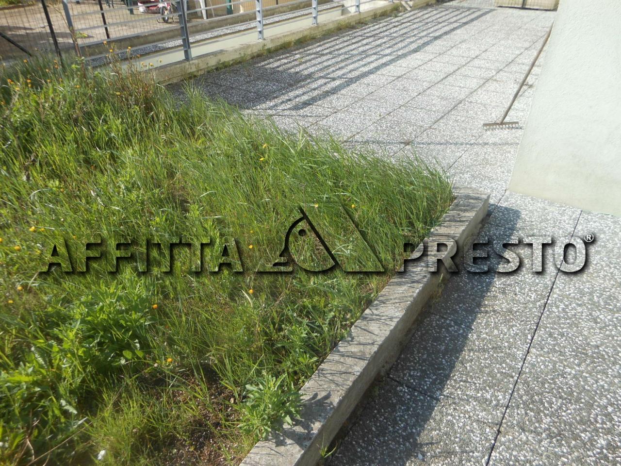 Bilocale Pesaro Via Magenta 9