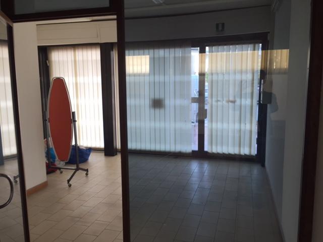 Attività / Licenza in affitto a Vinci, 9999 locali, zona Località: Sovigliana-Spicchio, prezzo € 1.500 | CambioCasa.it