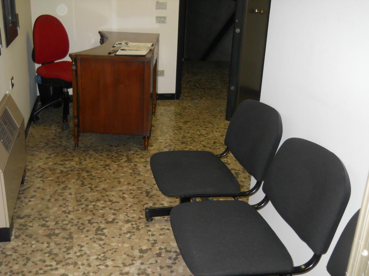 Ufficio / Studio in affitto a Faenza, 9999 locali, zona Località: Stazione, prezzo € 500 | Cambio Casa.it