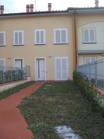 Villa in affitto a Vinci, 4 locali, prezzo € 750 | Cambio Casa.it