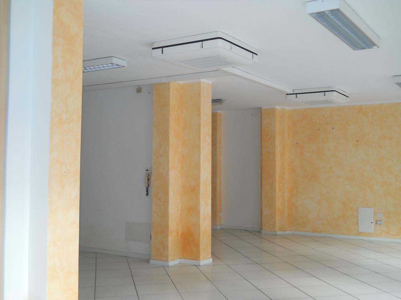 Box / Garage in Affitto a Faenza