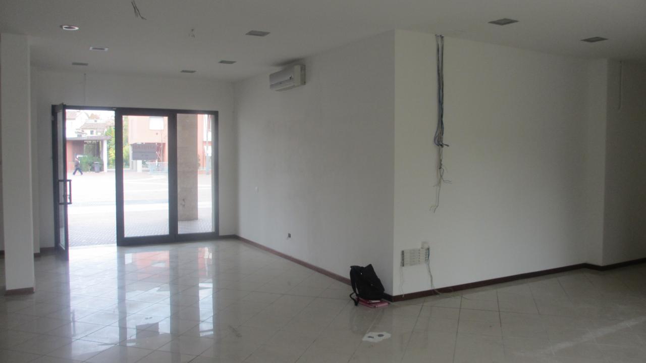 Attività / Licenza in affitto a Montelupo Fiorentino, 9999 locali, prezzo € 900 | Cambio Casa.it