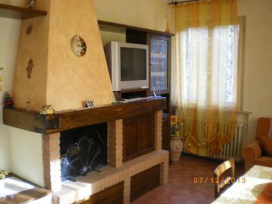 Soluzione Indipendente in affitto a Peccioli, 4 locali, prezzo € 400 | Cambio Casa.it