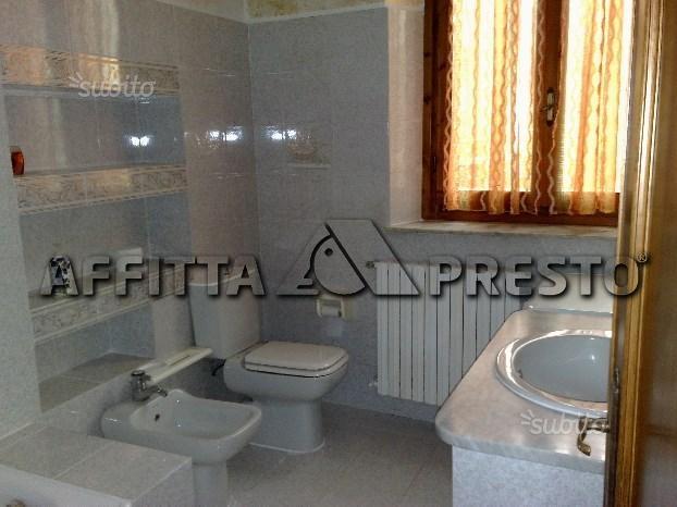 Bilocale Livorno Via Montebello 4