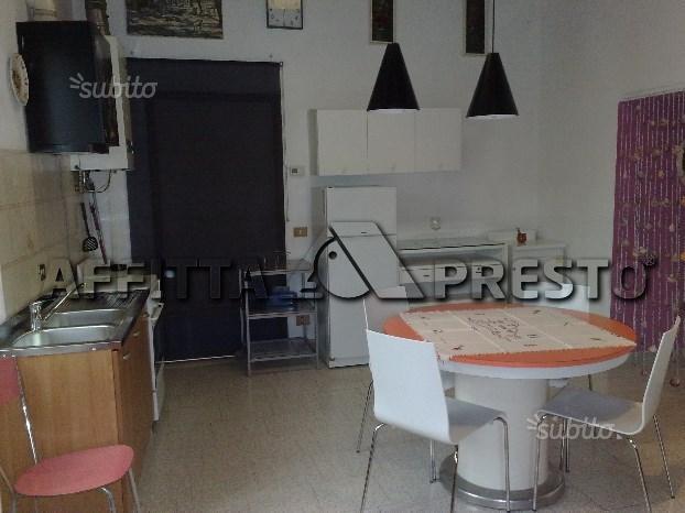 Bilocale Livorno Via Montebello 2