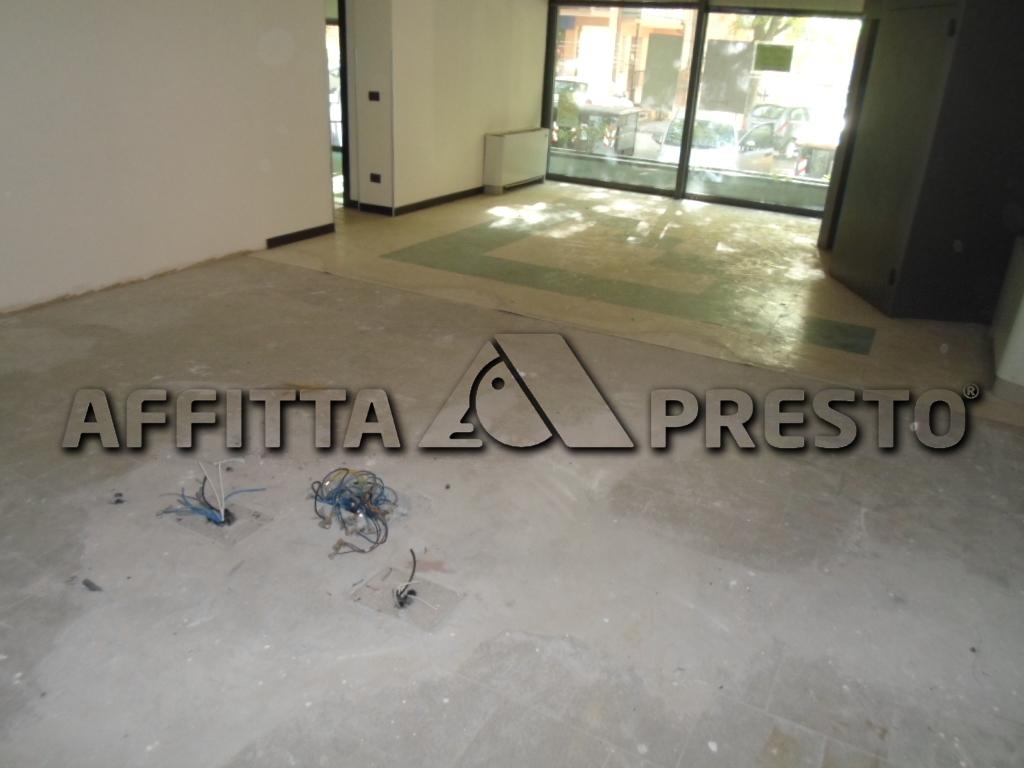 Attività / Licenza in Affitto a Cesena