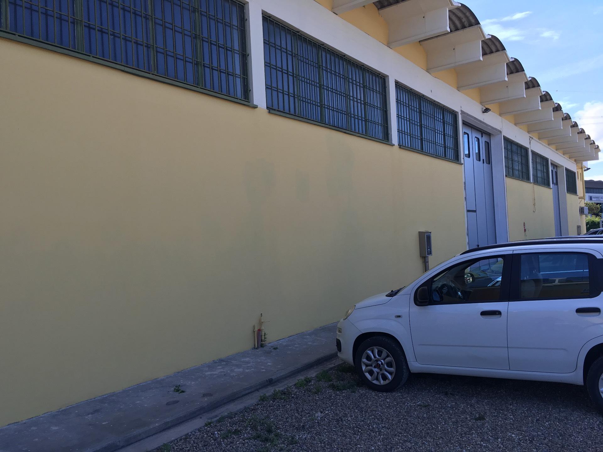 Capannone in affitto a Montelupo Fiorentino, 9999 locali, zona Zona: Fibbiana, prezzo € 2.700 | Cambio Casa.it
