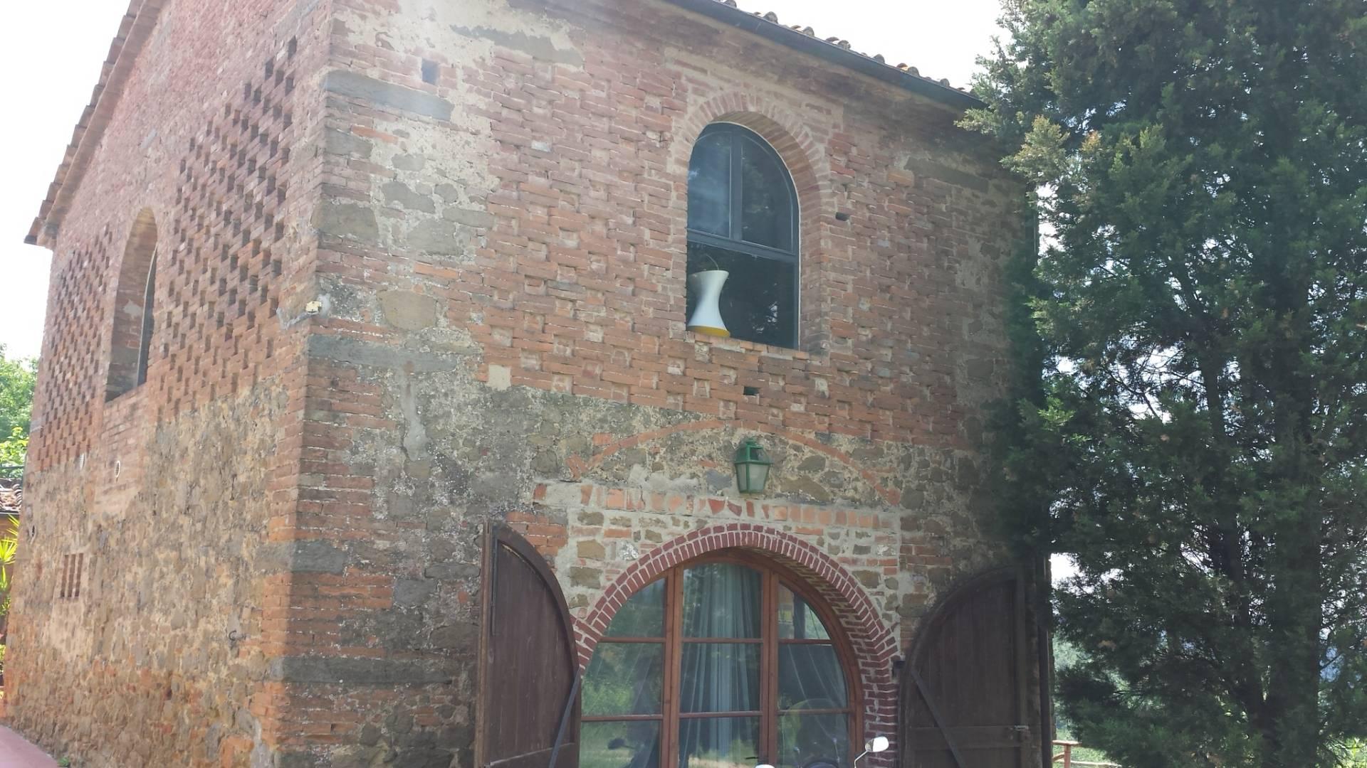 Soluzione Indipendente in affitto a Montelupo Fiorentino, 4 locali, zona Zona: Camaioni, prezzo € 900 | Cambio Casa.it