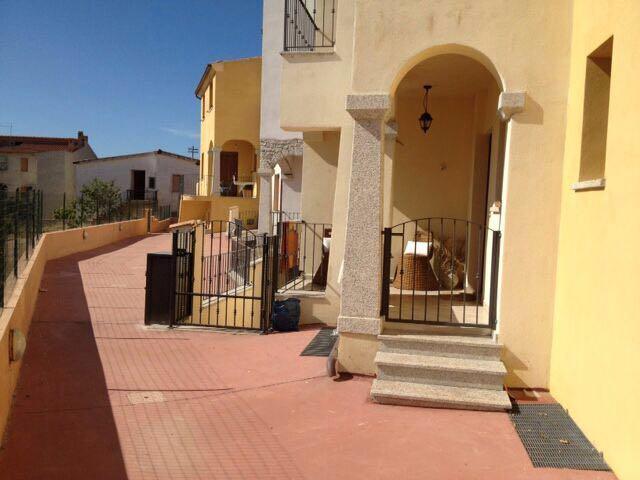 Appartamento in affitto a Posada, 3 locali, prezzo € 500 | Cambio Casa.it