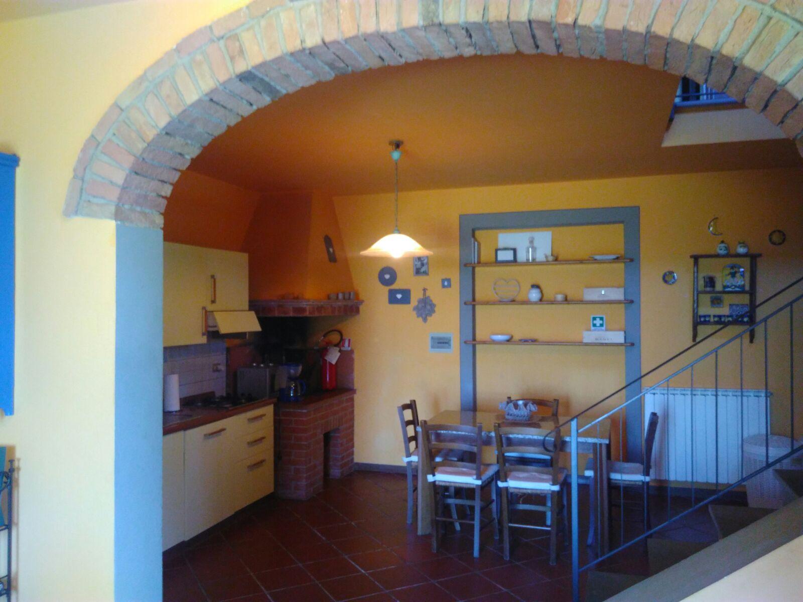 Soluzione Semindipendente in Affitto a Gambassi Terme