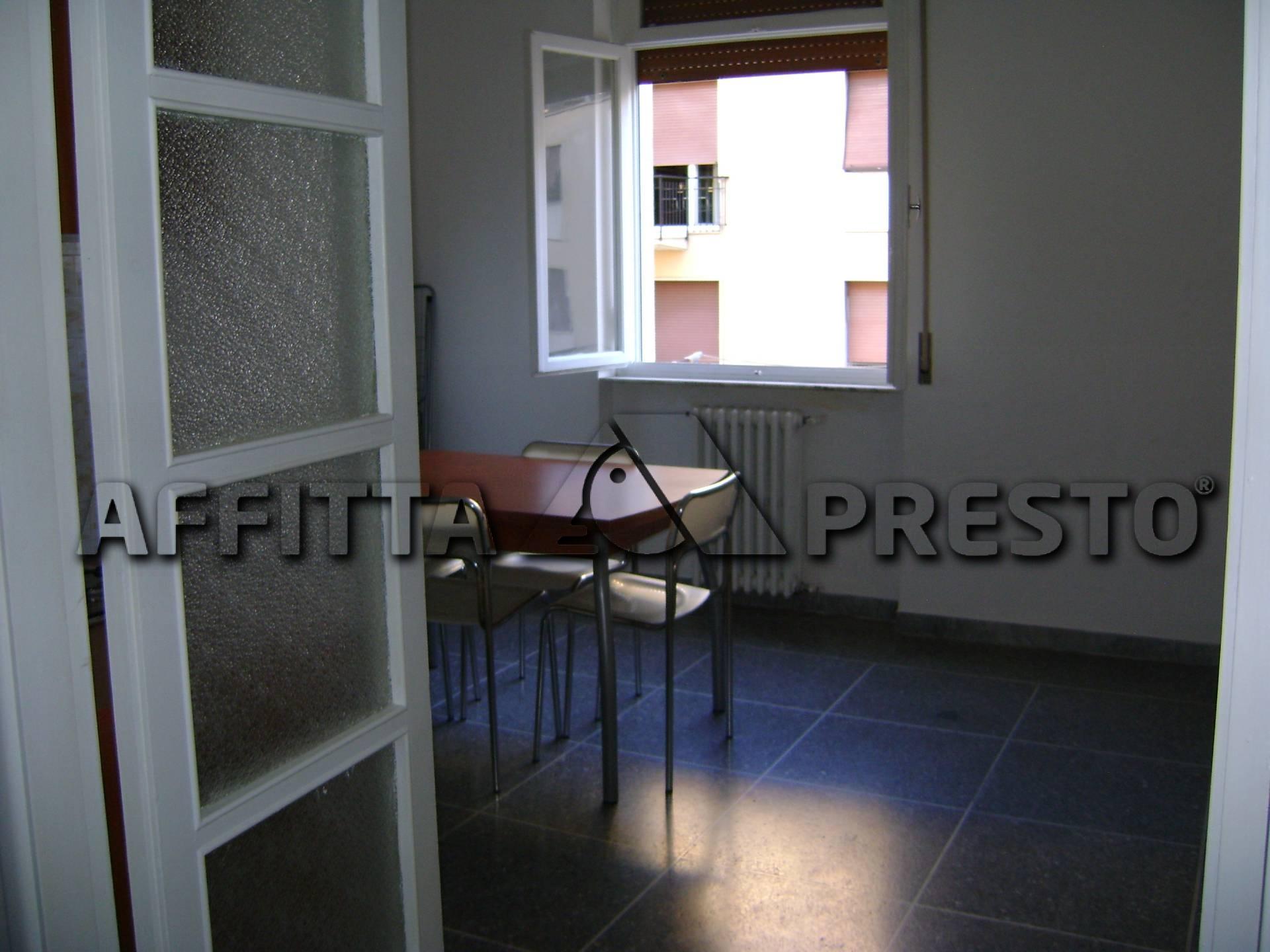 Bilocale Livorno Piazza Grande 2