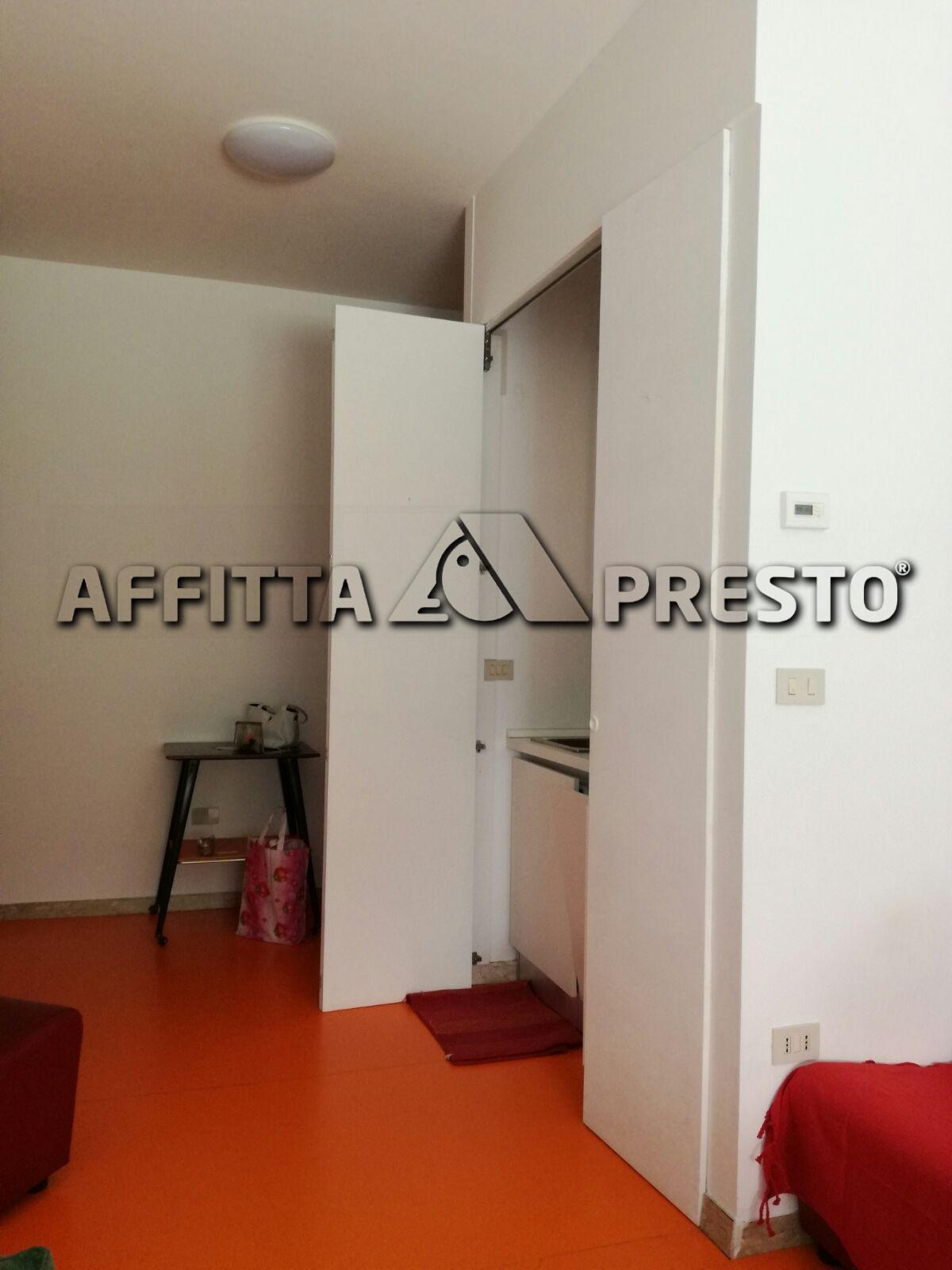 Bilocale Rimini Via Dante Alighieri 4
