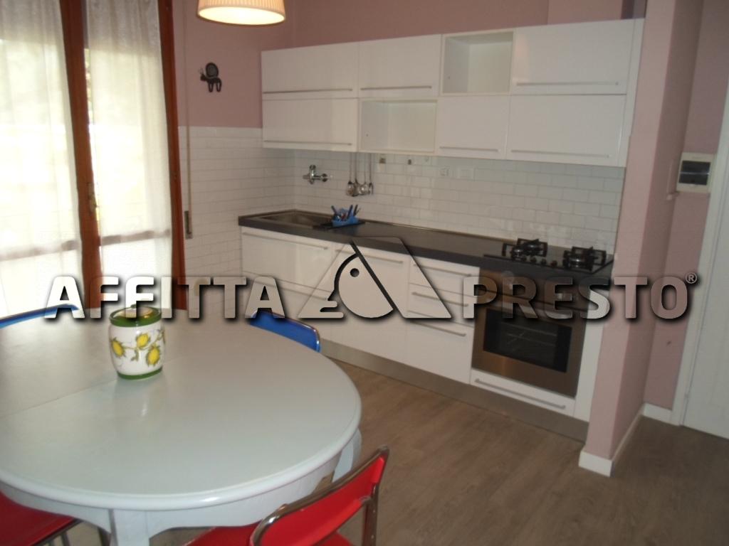 Soluzione Semindipendente in affitto a Cesena, 4 locali, zona Località: SanCarlo, prezzo € 500 | Cambio Casa.it