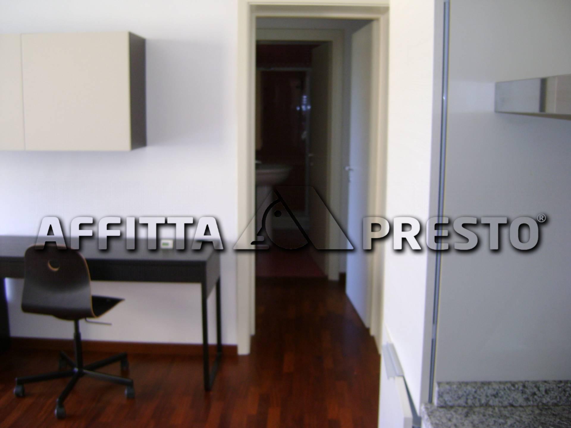 Bilocale Livorno Viale Italia 6