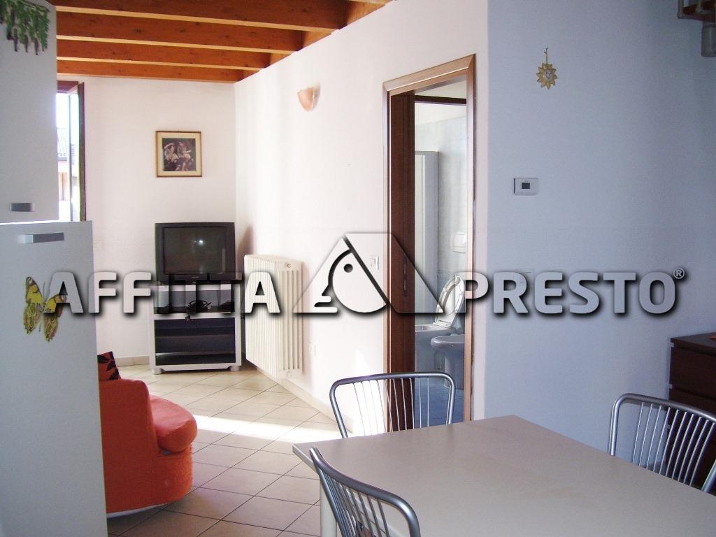 Attico / Mansarda in affitto a Ravenna, 3 locali, zona Località: VillaggioAnic, prezzo € 480 | Cambio Casa.it