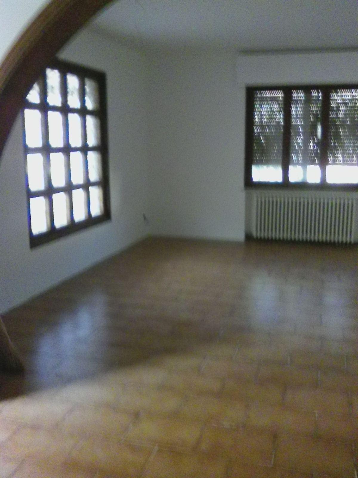 Soluzione Indipendente in affitto a San Miniato, 5 locali, zona Località: PonteaEgola, prezzo € 900 | Cambio Casa.it