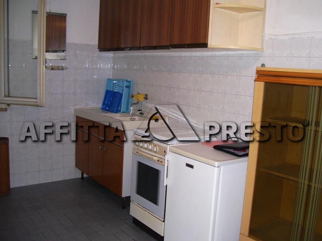 Appartamento in affitto a Ravenna, 2 locali, zona Località: Classe, prezzo € 400 | Cambio Casa.it