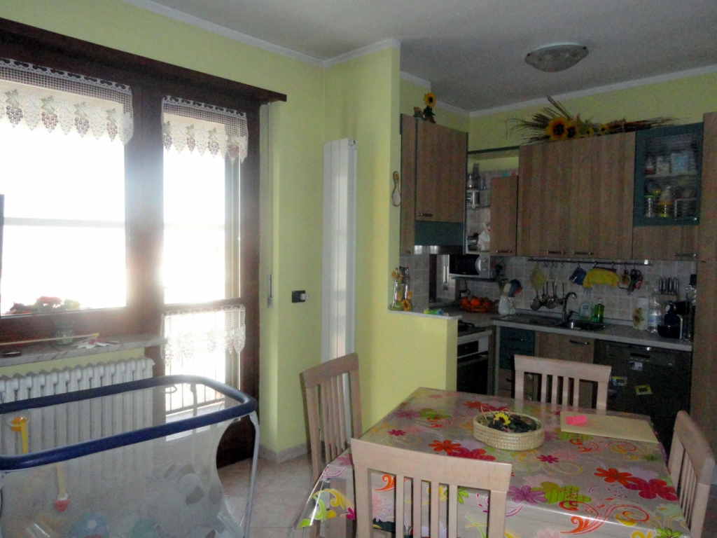 Bilocale Settimo Torinese Via Villa Franca 3