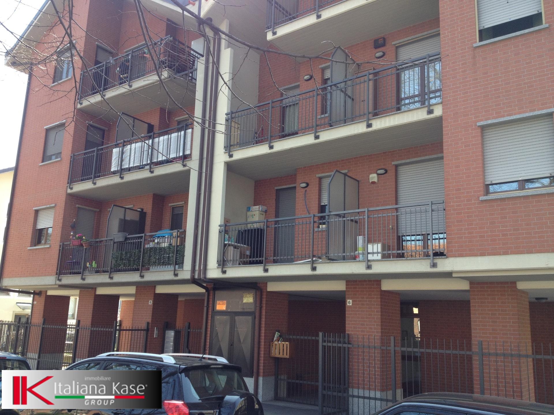 Bilocale Torino Via Antonio Sant'elia 1