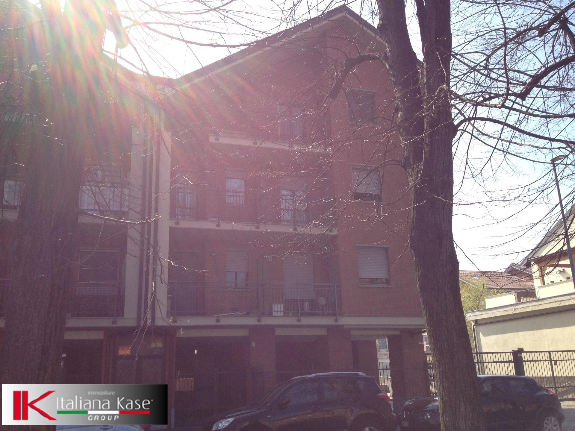 Bilocale Torino Via Antonio Sant'elia 4