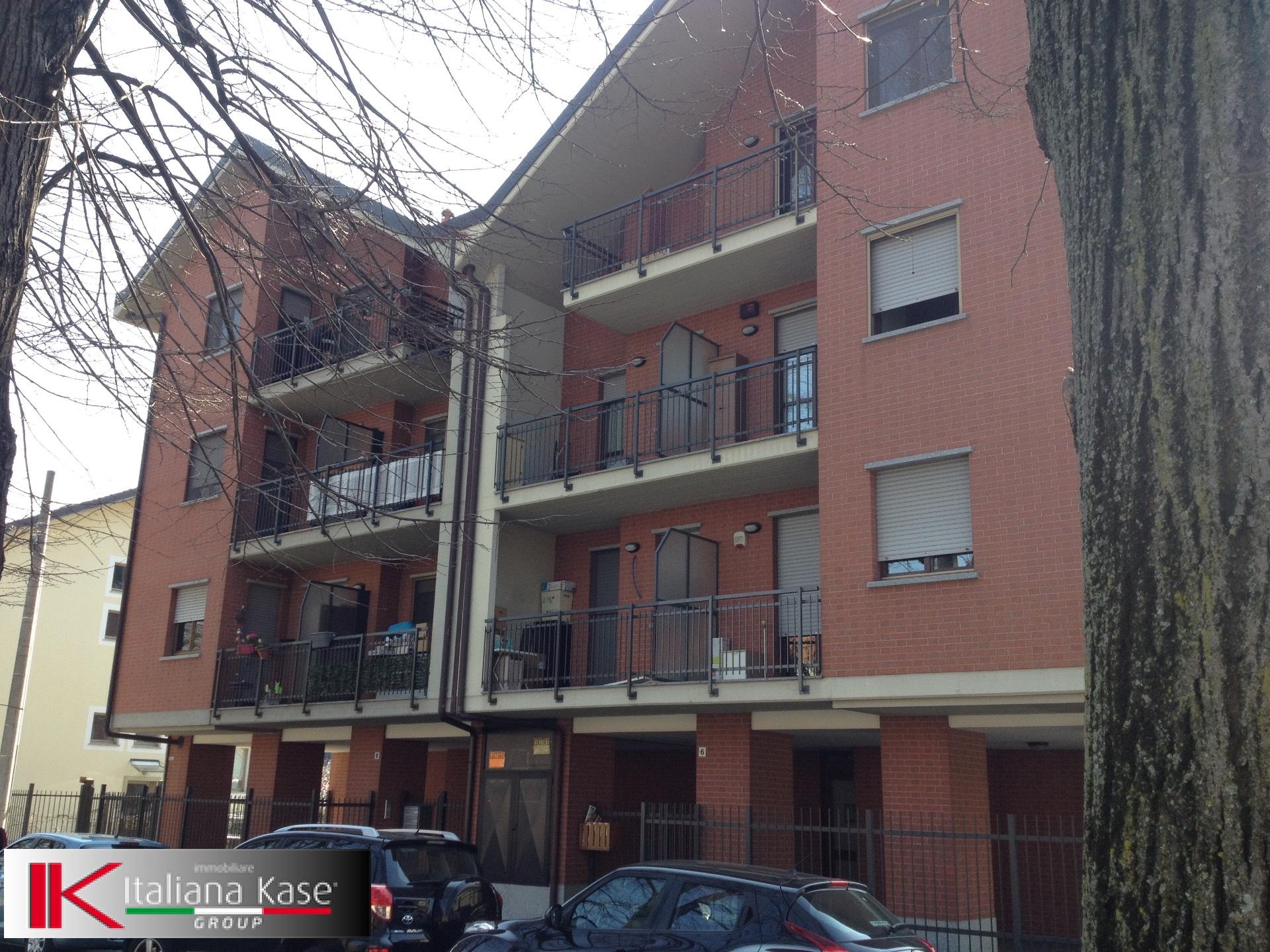 Bilocale Torino Via Antonio Sant'elia 5