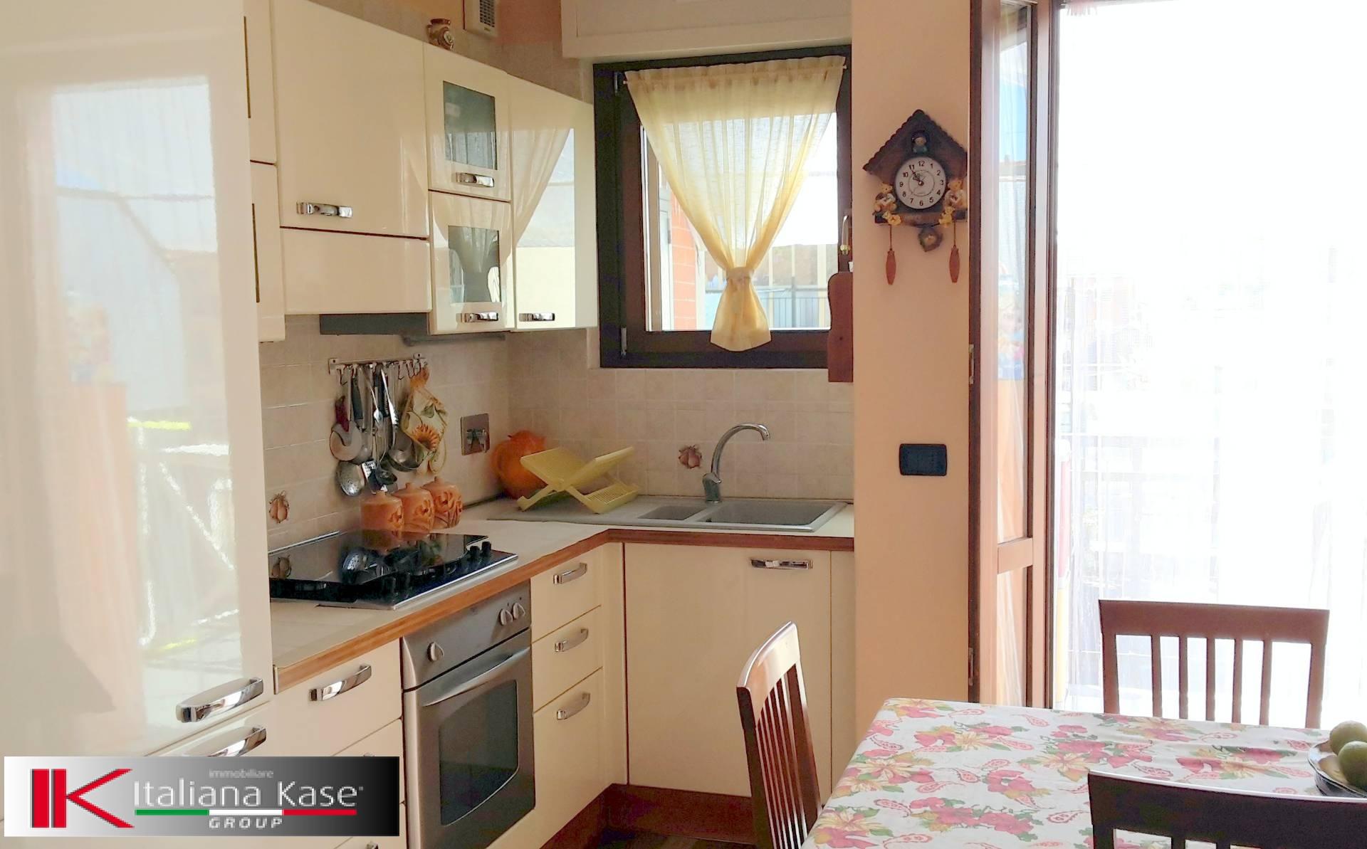 Bilocale Torino Via Antonio Sant'elia 6