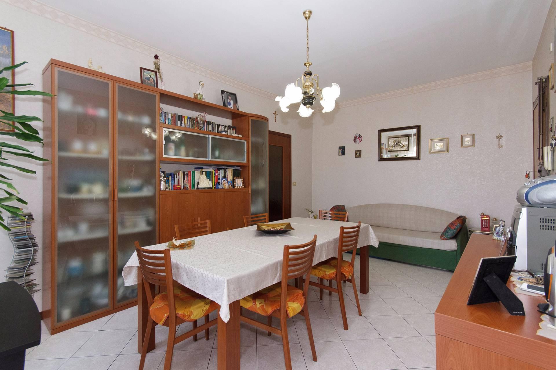 Bilocale San Benigno Canavese Via Trento 2
