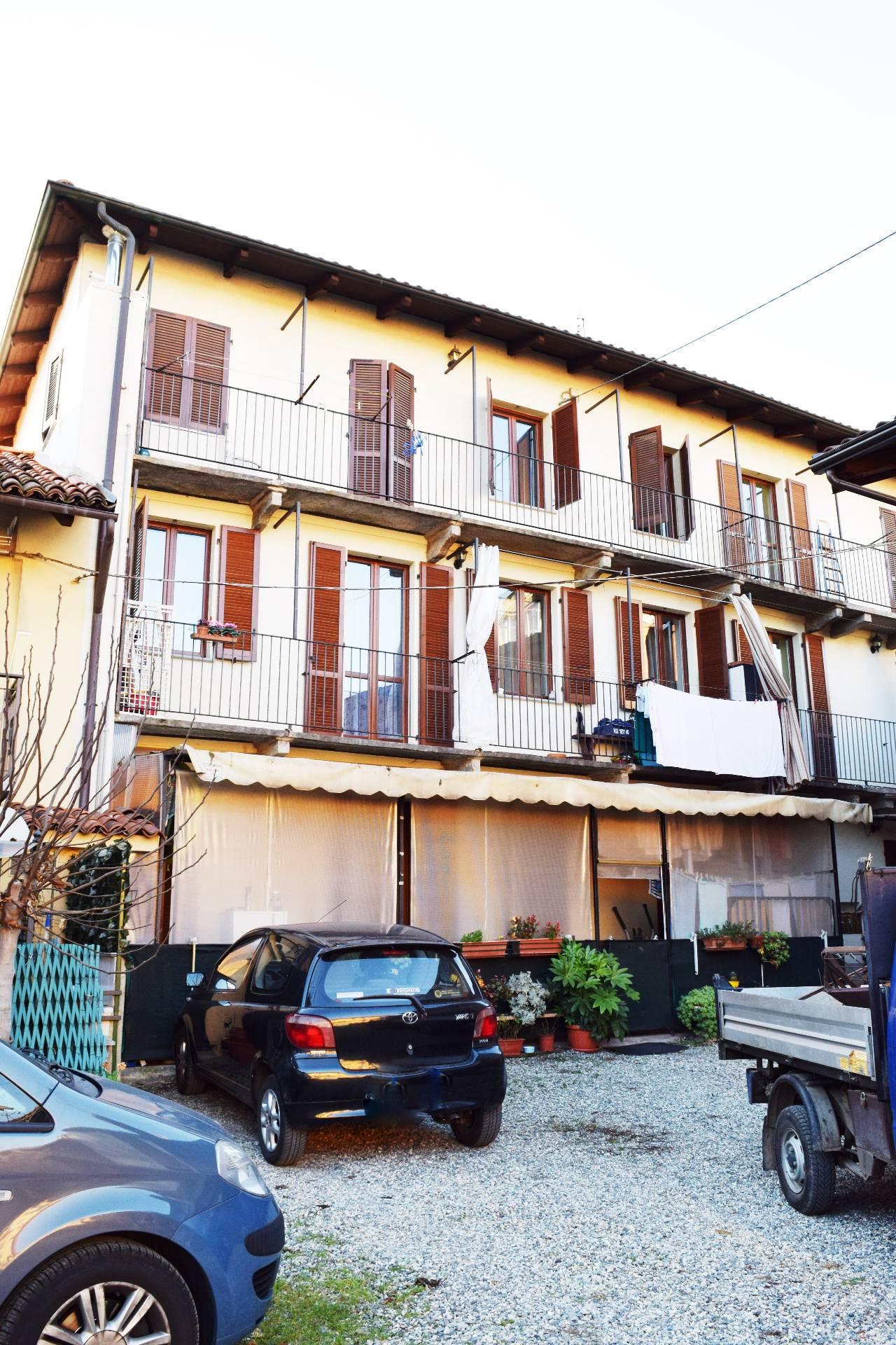 Bilocale Settimo Torinese Via G. Pessione 5