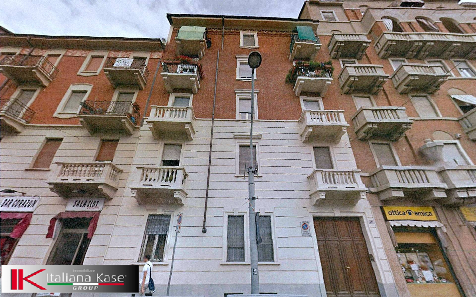 Bilocale Torino Corso Giulio Cesare 1