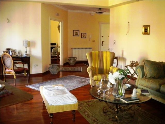 vendita appartamento reggio di calabria 4 240  470.000 €