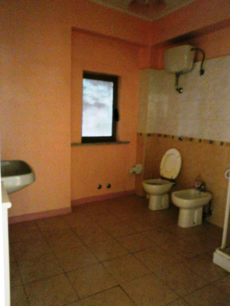 Bilocale Reggio di Calabria Via Calveri 4