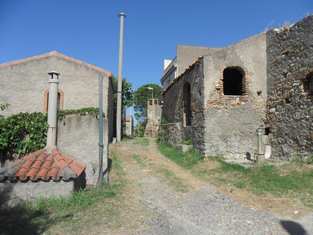 Bilocale Santa Lucia del Mela Via Serri 5
