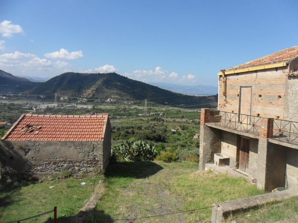 Bilocale Santa Lucia del Mela Via Serri 7