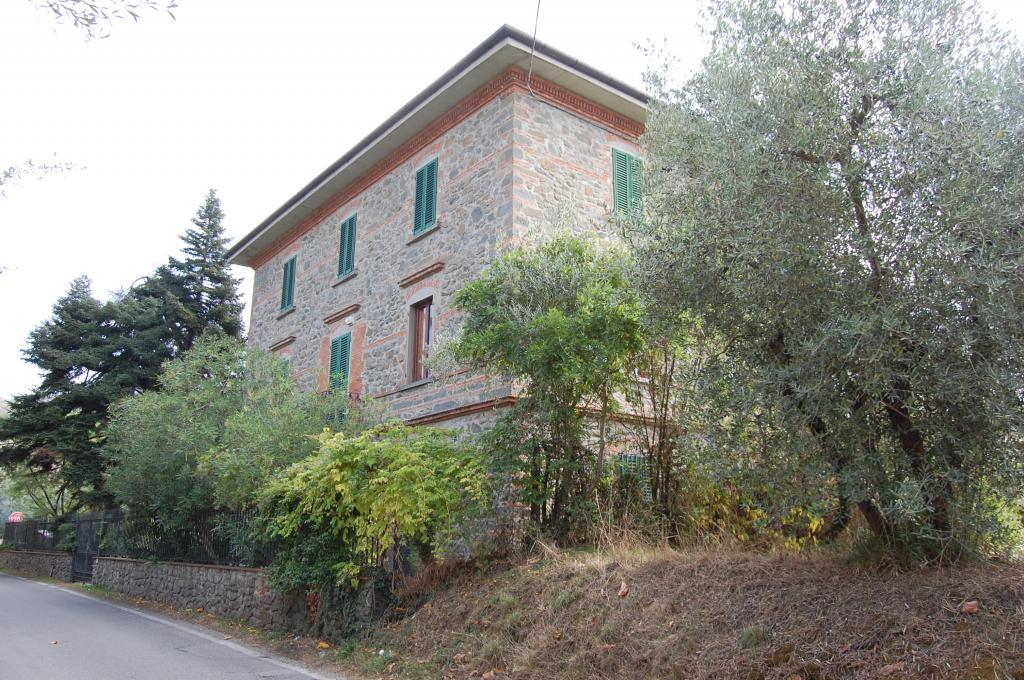 Villa in Vendita a Larciano