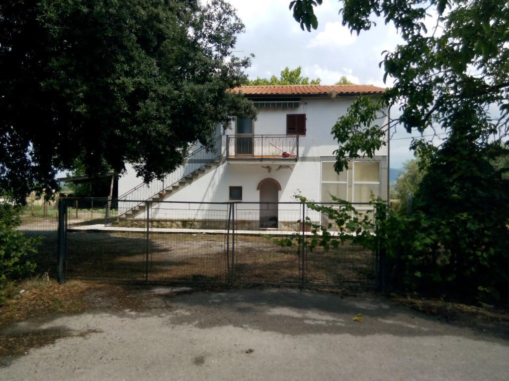 Rustico / Casale in Vendita a Roccastrada