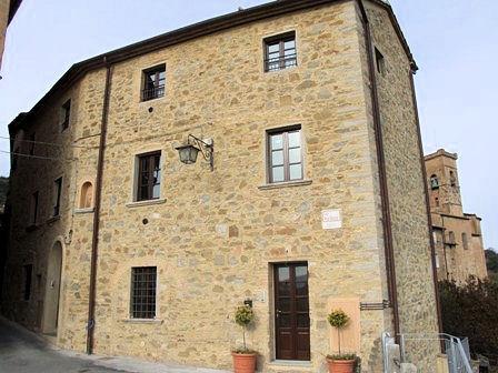 Appartamento in vendita a Chianni, 2 locali, prezzo € 140.000 | Cambio Casa.it