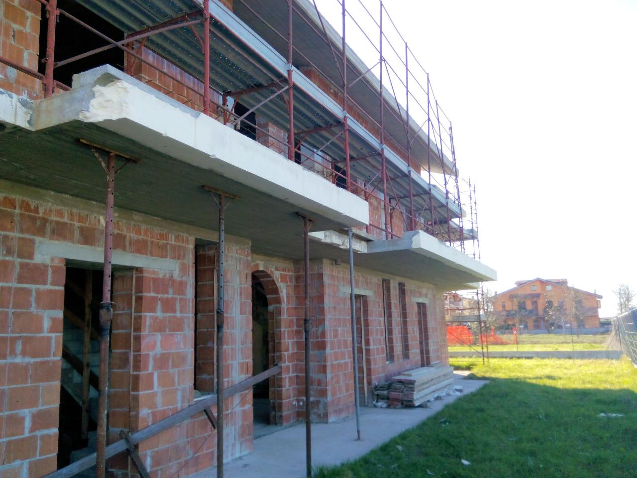 Villa a Schiera in vendita a Ponte Buggianese, 6 locali, prezzo € 266.000 | Cambio Casa.it