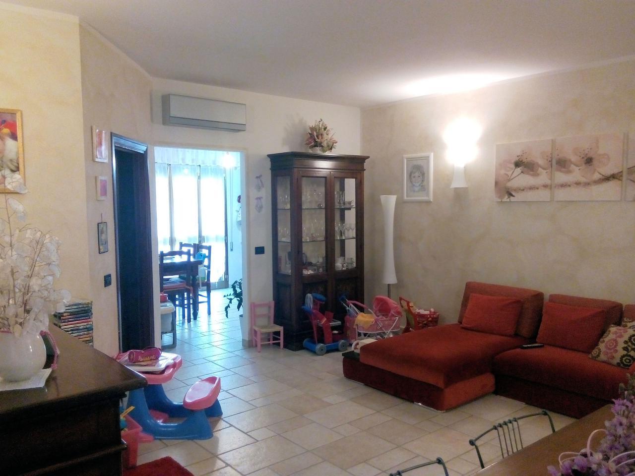 Appartamento in vendita a Montecarlo, 4 locali, prezzo € 169.000 | Cambio Casa.it