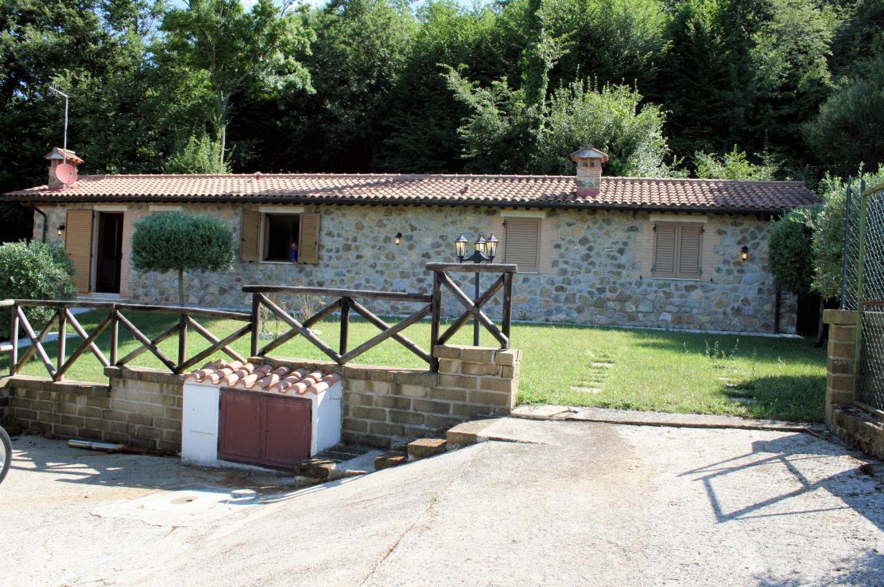 Villa in vendita a Manciano, 3 locali, zona Zona: Capanne, prezzo € 185.000 | Cambio Casa.it