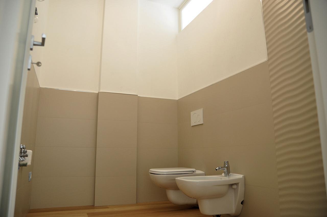 Appartamento massa vendita 120 mq riscaldamento autonomo for 3 piani di garage per auto con alloggi