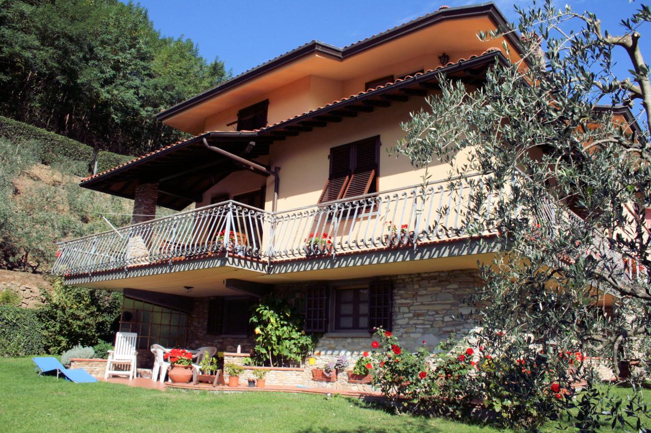 Villa in Vendita a Villa Basilica