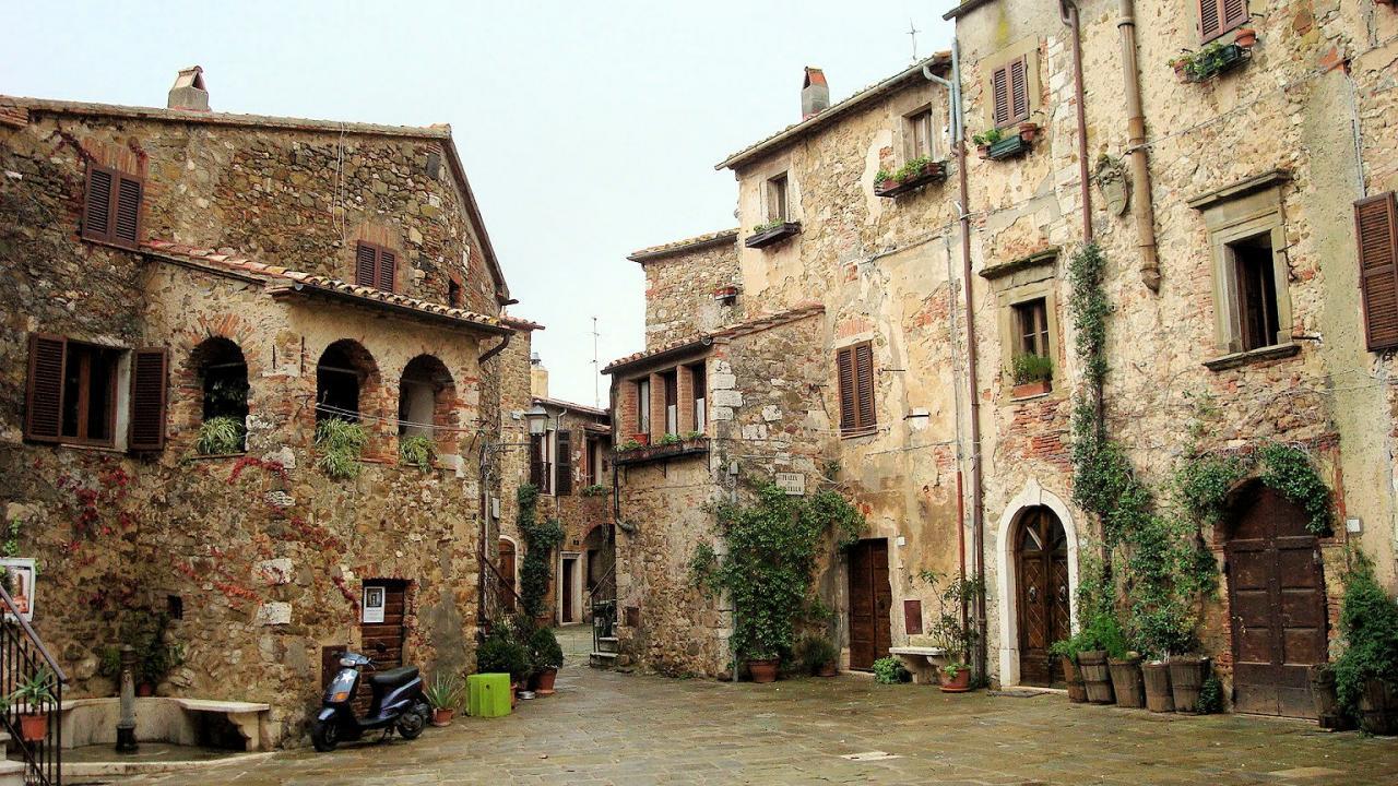 Soluzione Indipendente in vendita a Manciano, 8 locali, zona Zona: Montemerano, prezzo € 365.000 | Cambio Casa.it